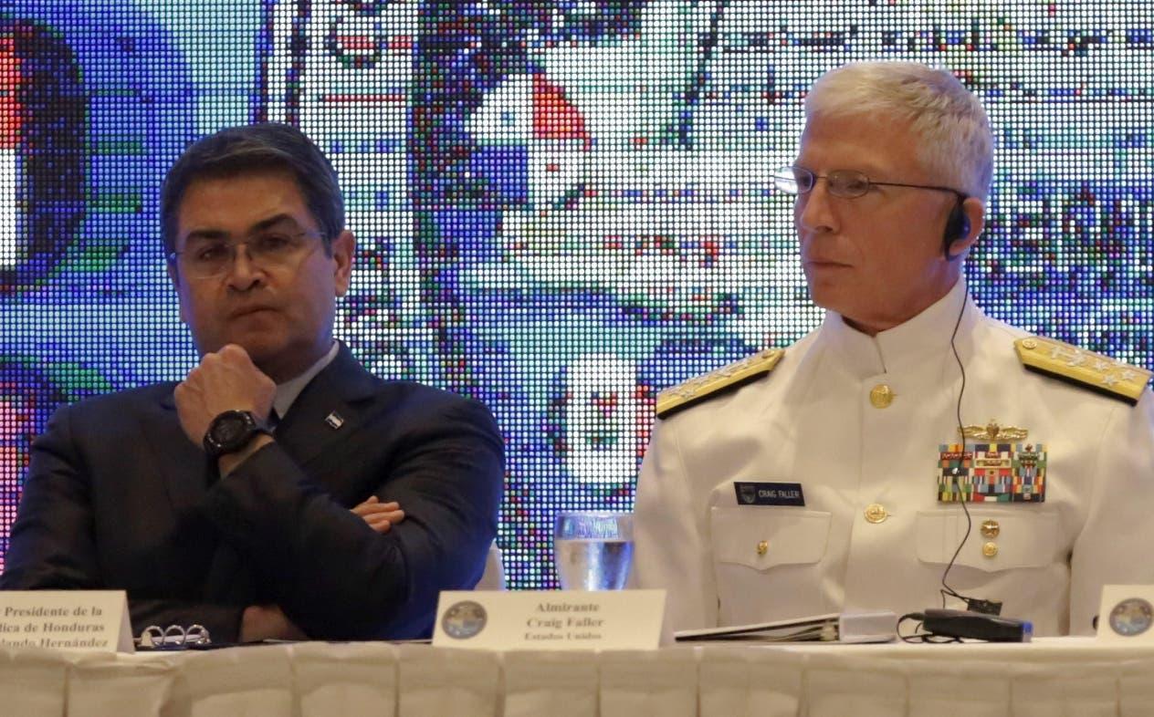 El presidente hondureño, Juan Orlando Hernández pidió mayor integración contra el crimen.
