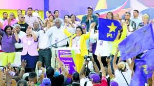 La senadora Cristina Lizardo encabezó actividad en Santo Domingo Este.  FUENTE EXTERNA