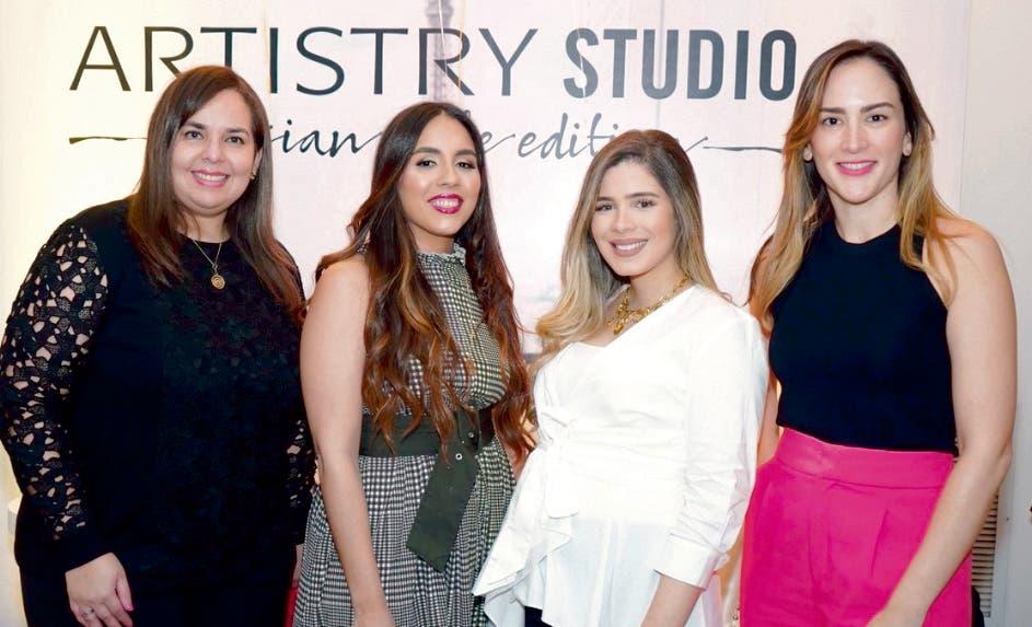 Sarah Argomániz,  Yazmín Yeara, Marjorie Gónzalez, Yolanda Linares