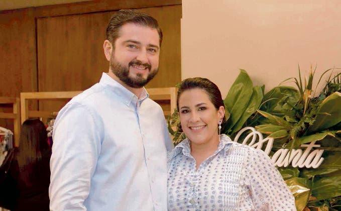 Pablo Gómez y Perla Gómez.