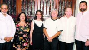 Modesto Guzmán,  Jocelyn Pantoja, Ruth Herrera, Carlos López, Eduardo Selman y Carlos Ruiz.