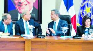 El liderazgo de Danilo y Leonel ha opacado a los emergentes.