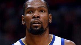 Kevin Durant se mudó ahora a Brooklyn .  AP
