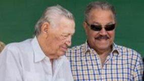 Federico Velázquez-izquierda, junto a Juan Marichal.