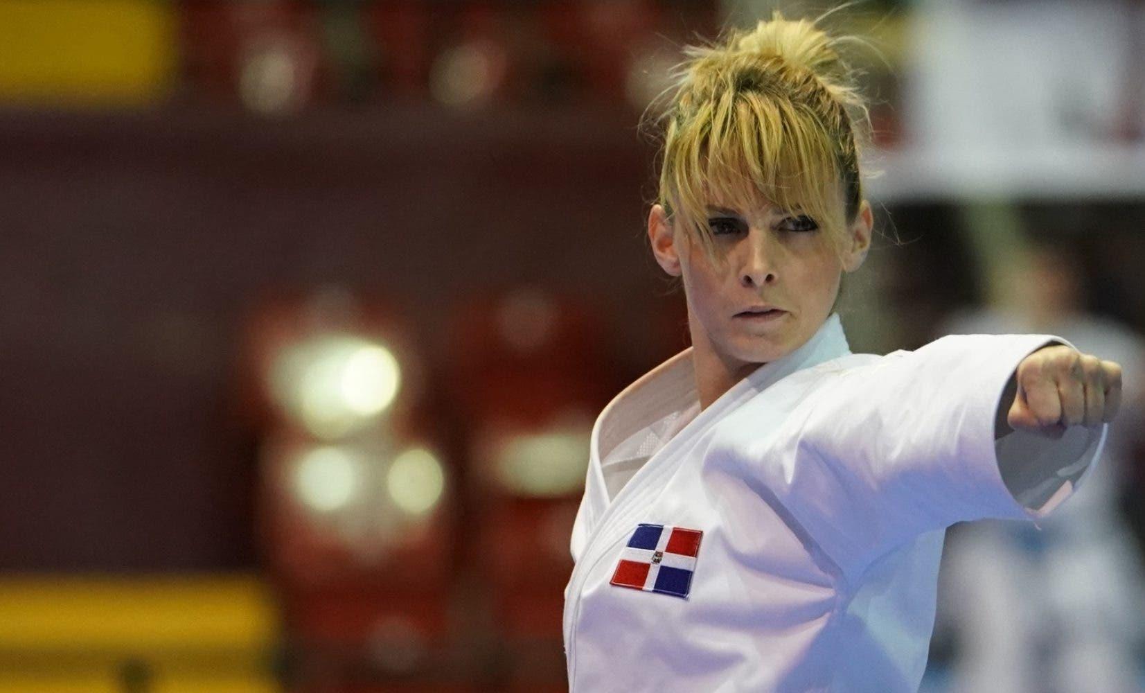 DIMITROVA MARIA (DOMINICAN REPUBLIC) in Senior Female Kata - Final bout
