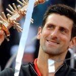 El campeón celebra la victoria ayer en Madrid.