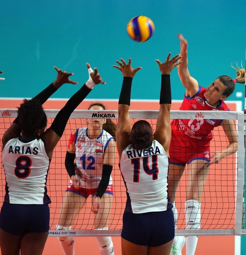 Serbia le propina la tercera derrota a República Dominicana