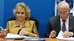 Alexandra Izquierdo y Gianluca Grippa, embajador de UE.