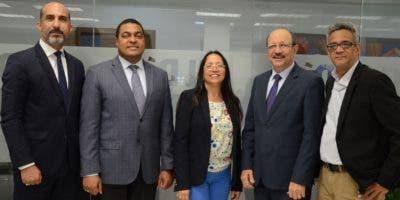 José Missael María, José P. Monegro, director del periódico EL DÍA; Yanet Féliz, René  Jáquez Gil y Franklin Puello . JOSÉ DE LEÓN