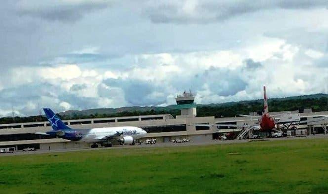 apresan-2-pilotos-mexicano-y-venezolano-que-intentaron-sacar-ilegalmente-una-avioneta-por-aeropuerto-de-puerto-plata-01