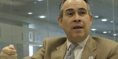 Federico Cuello Camilo   fue viceministro de Economía e  implementó los acuerdos de la Organización Mundial del Comercio.