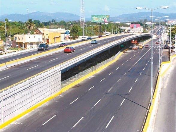 Obras Públicas cerrará a partir de este lunes túneles y elevados por mantenimiento