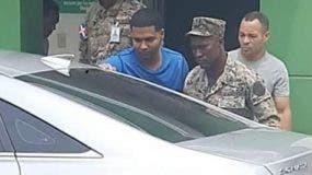 Marlon Martínez fue trasladado al centro de salud en medio de estrictas medidas de seguridad.