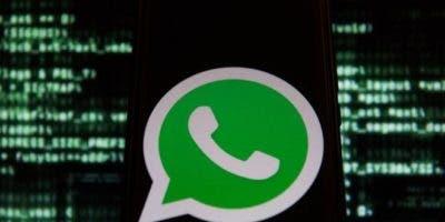 Whatsapp recomienda actualizar el teléfono como medida de seguridad.