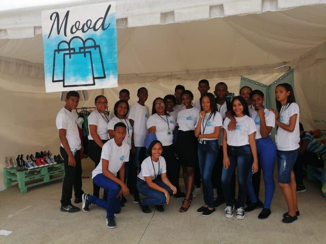 Los estudiantes presentaron su segunda feria empresarial.