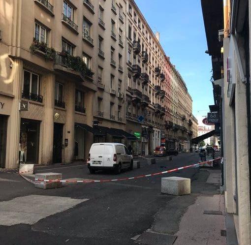 La explosión ha causado al menos ocho heridos leves junto a una panadería en el centro de Lyon.