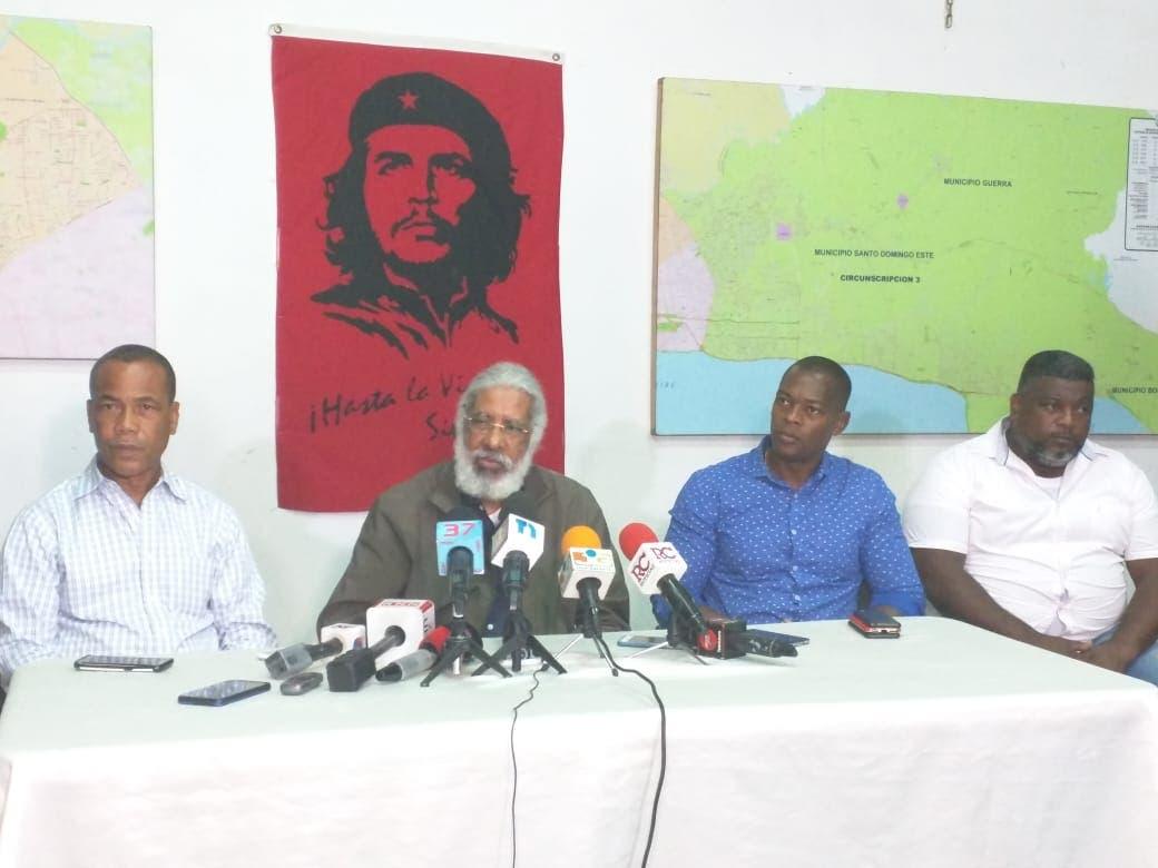 Juan Hubieres anuncia paro de transporte