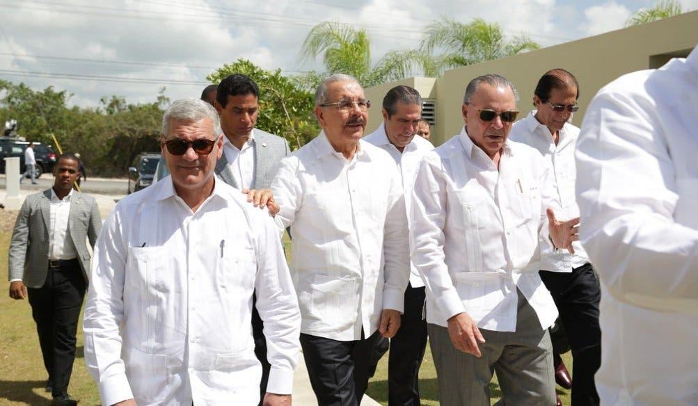 El presidente Danilo Medina fue abordado en torno al tema durante la presentación del proyecto Ciudad Caracolí; soluciones habitacionales a bajo costo.