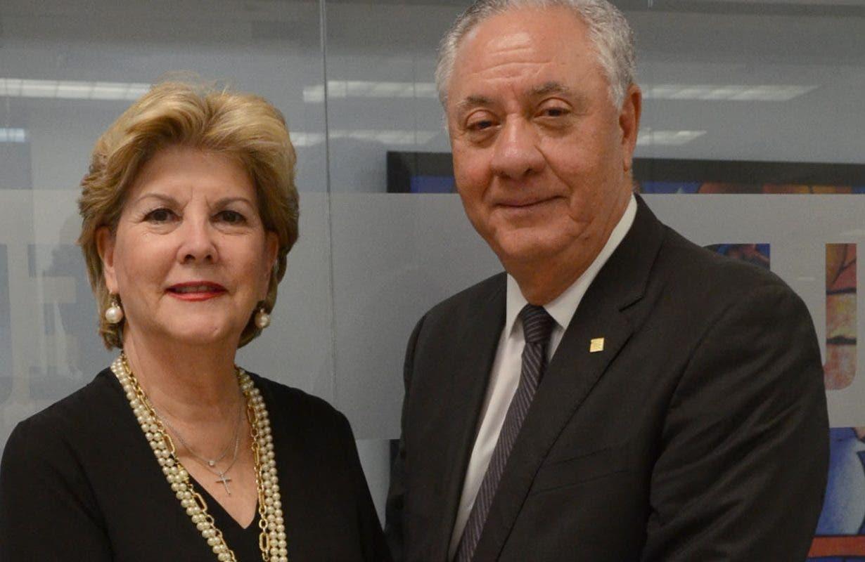 Los esposos Vargas Rivera tienen más  39 años casados.  José de León