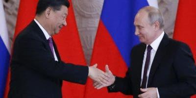 Xi Jinping y Vladimir Puti Xi Jinping y Vladimir Putin  llaman a dar cumplimiento  a la carta de la ONU y a las normas de derecho internacional.  AP