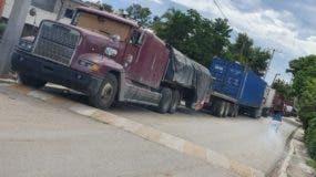 Las cargas han sido detenidas a la espera de mejores condiciones en Haití.