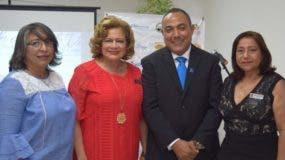 Rosa María Cuesta, Sofía Castillo de Reyes, Julio Cruz y María Palacios.