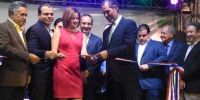 La feria Anadive tendrá disponibles más de tres mil vehículos.  ALBERTO CALVO