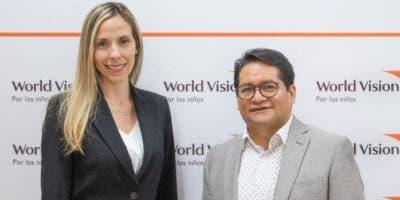 Ilonka Herrera y Juan Carlo Ramírez, directivos de World Vision República Dominicana