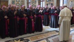 El papa Francisco se reunió en el Vaticano con 98 nuncios.