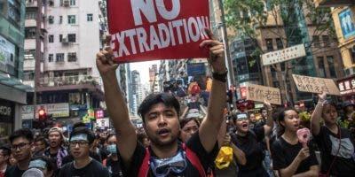 La manifestación terminó  diez horas después de su inicio.efe