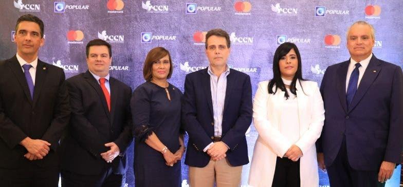 Francisco Ramírez, Gabriel Pascual, Austria Gómez, Alejandro González Cuadra,  Madelyn Martínez y Luis Espínola.