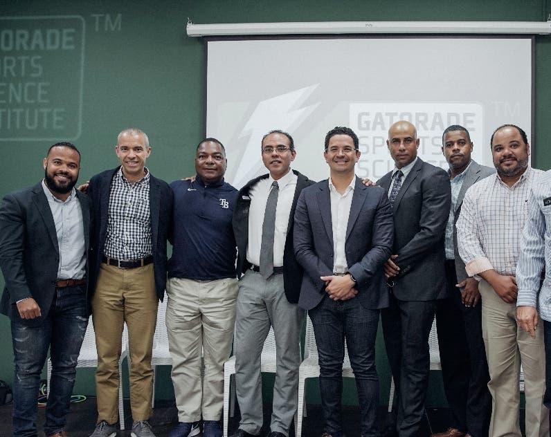 Integrantes del equipo que impartió la jornada.