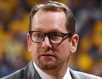 Nick Nurse, entrenador campeón con Raptors.  A P
