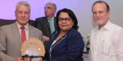 Nelson Toca Simó, Emma Polanco Melo e Ignacio Méndez.