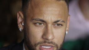 La acusación de Neymar sigue.