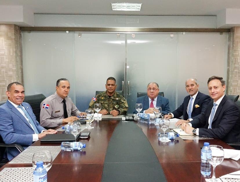 Funcionarios reunidos en el Consejo del Poder Judicial.