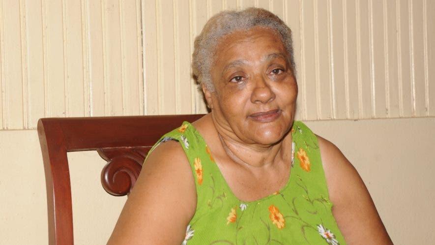 Lourdes Mota, madre  de Alberto Rodríguez Mota, pidió a su hijo que se entregue.