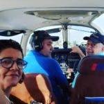 Tres de los ocupantes de la avioneta.  Fuente externa