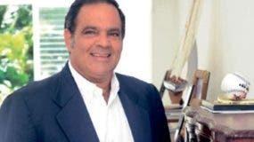 John Hazim, alcalde de Guayacanes,.