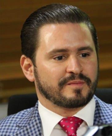 Guillermo Julián, representante  empresarios