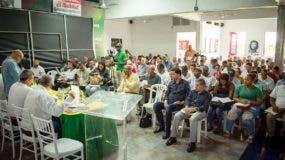 Parte de los asistentes al Quinto Pleno Nacional de Dirigentes del Frente Amplio celebrado ayer.