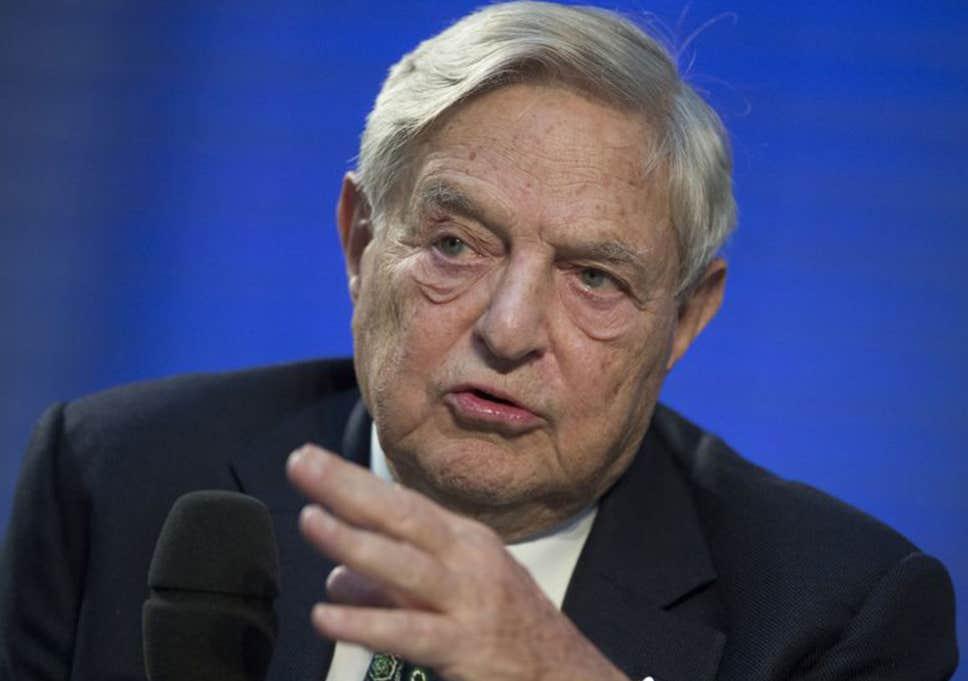 """George Soros y otros 17 millonarios consideran que un impuesto a la riqueza es """"justo, patriótico y fortalecería la democracia en el país al reducir la desigualdad""""."""