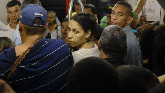 Crisis en Venezuela: cómo se deterioró el metro de Caracas, que fue uno de los subterráneos más modernos de América Latina