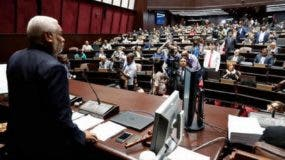 En la Cámara de Diputados hay choques por posible proyecto de reforma constitucional.