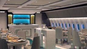 Parte de adentro del Crystal Skye Boeing 777.