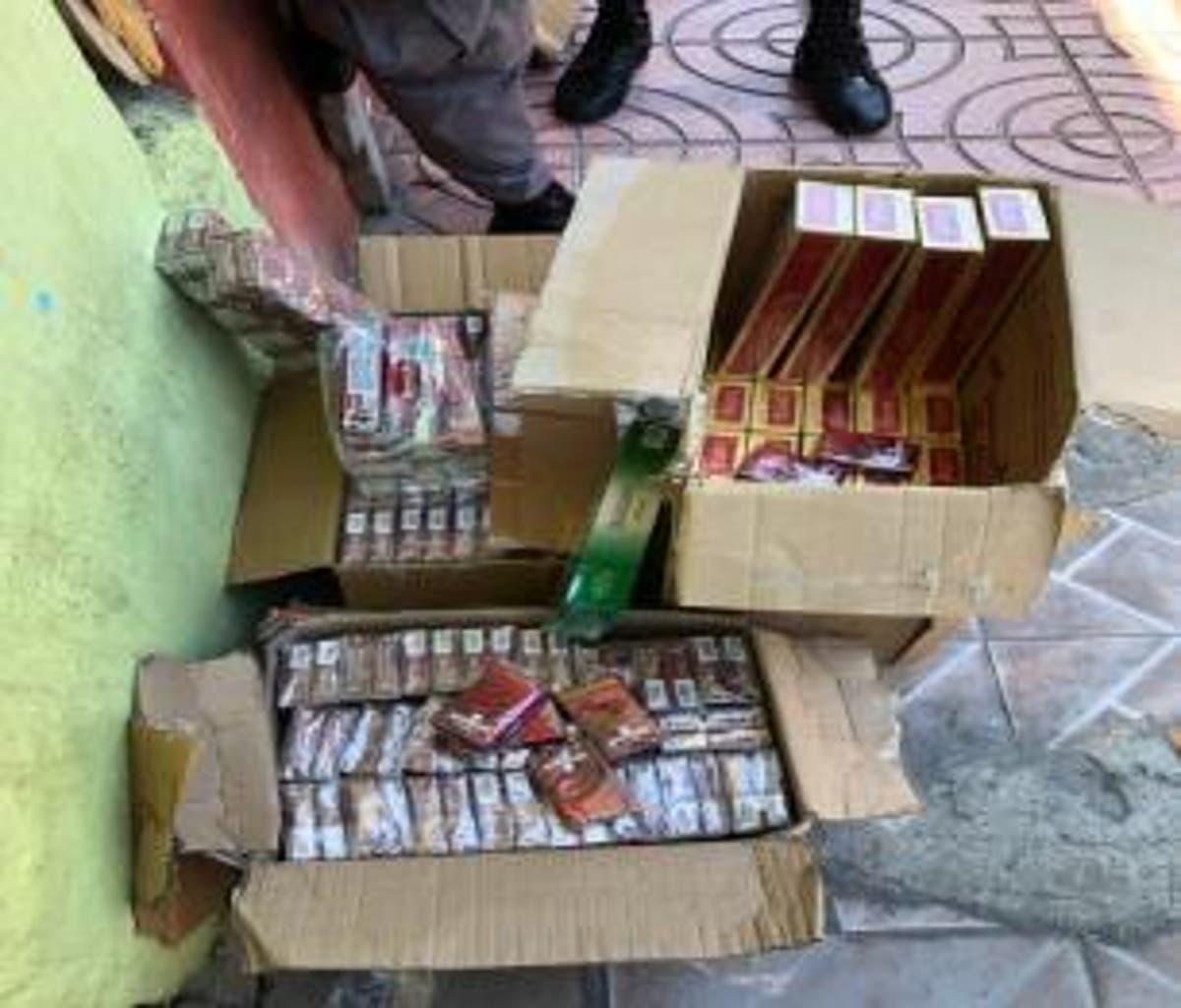 La Policía allana centro comercial y se incauta cigarrillos y otras  mercancías adulteradas | El Día