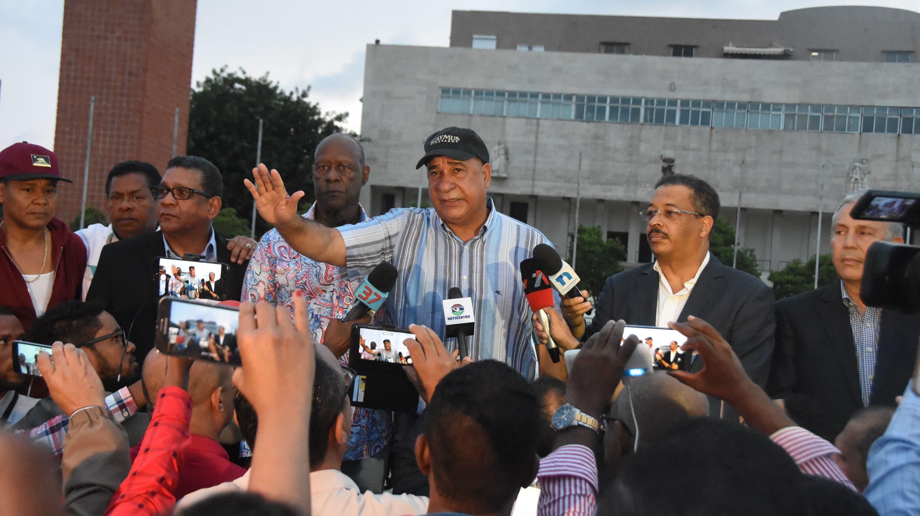 3. Bauta dijo a los policías que los perdonaban porque sabían que no eran los culpables de lo que pasó