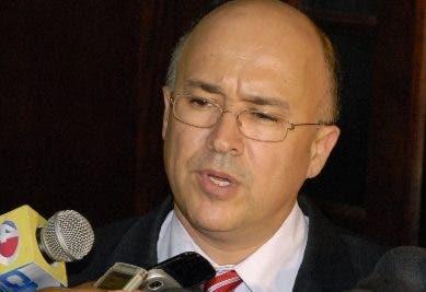 Domínguez Brito pide sea garantizado salario de empleados en Fase I y Fase II