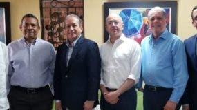 Montás, Segura, Pared, Domínguez Brito, Amarante y Navarro tras la reunión de ayer.