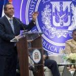 Francisco García saludó  que  representante  de  Jet Blue visitó al presidente Medina.   Carolina F.